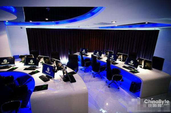 北京最土豪网吧:入门费最低5000元 每小时69元